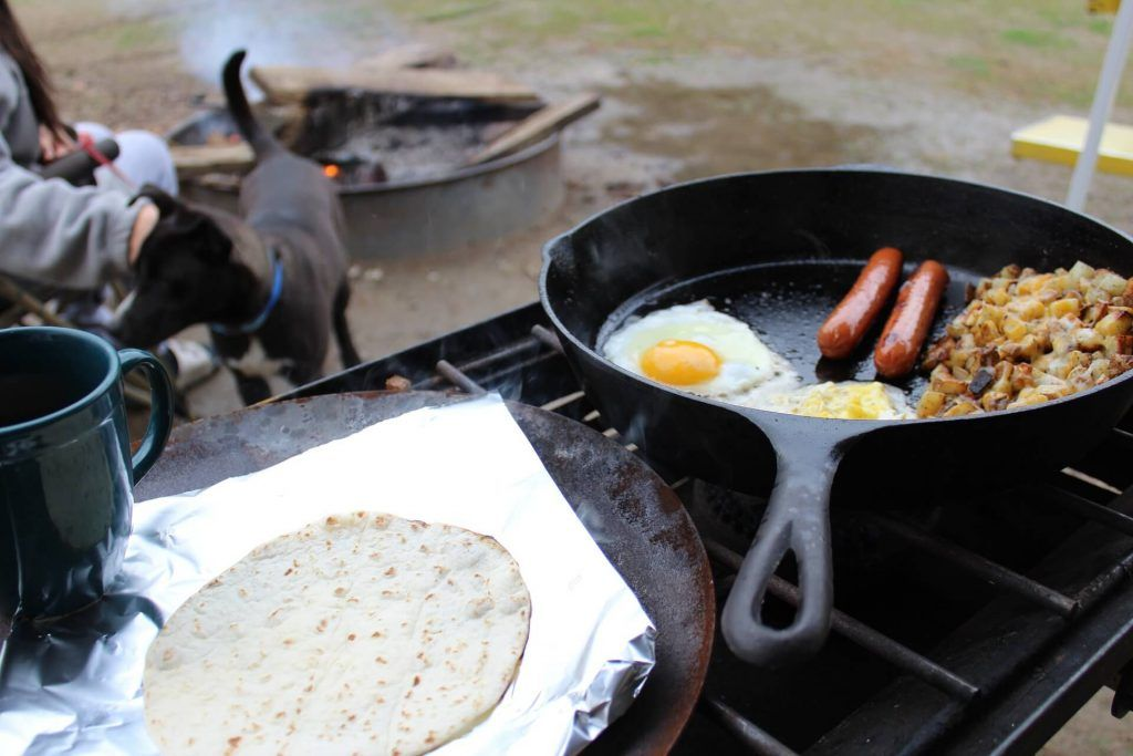 Camping food list ideas for breakfast