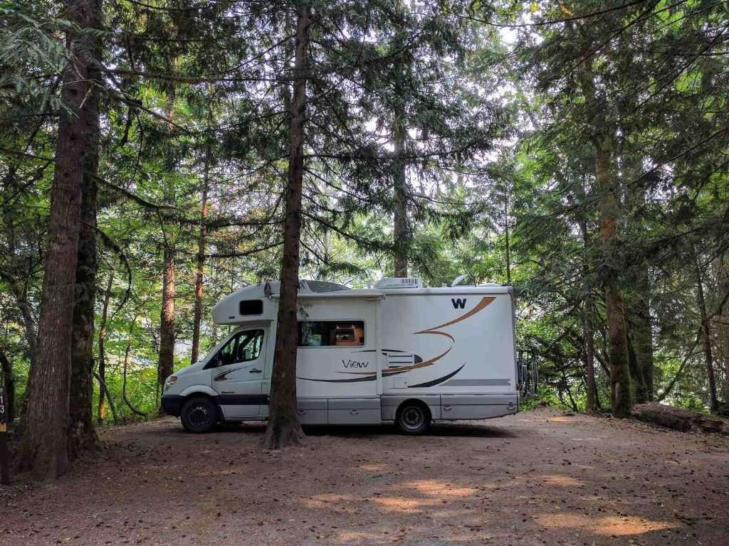 camping in north cascades national park-Goodell campground views