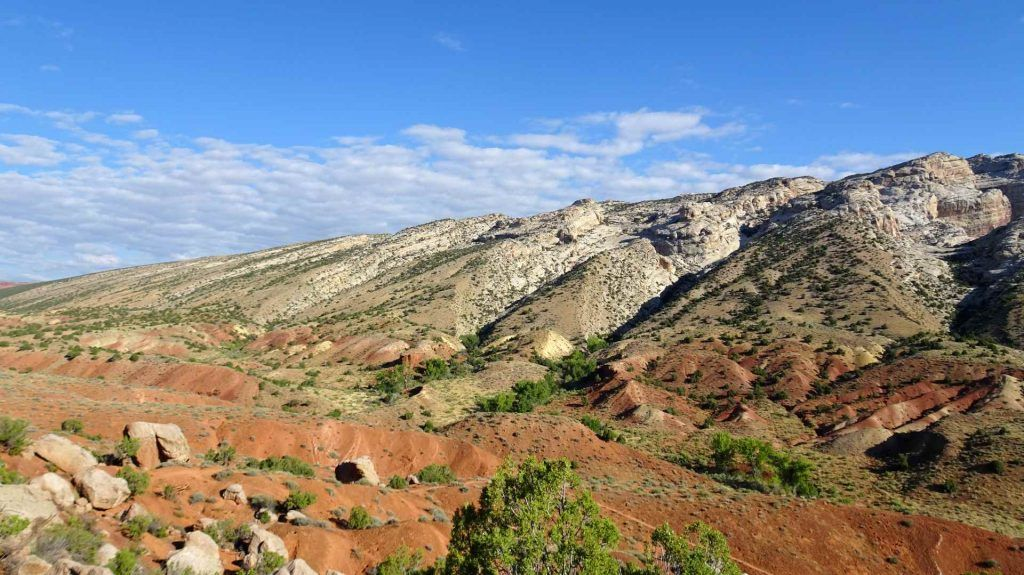 camping in dinosaur national monument-fascinating rock formations at Dinosaur National Monument