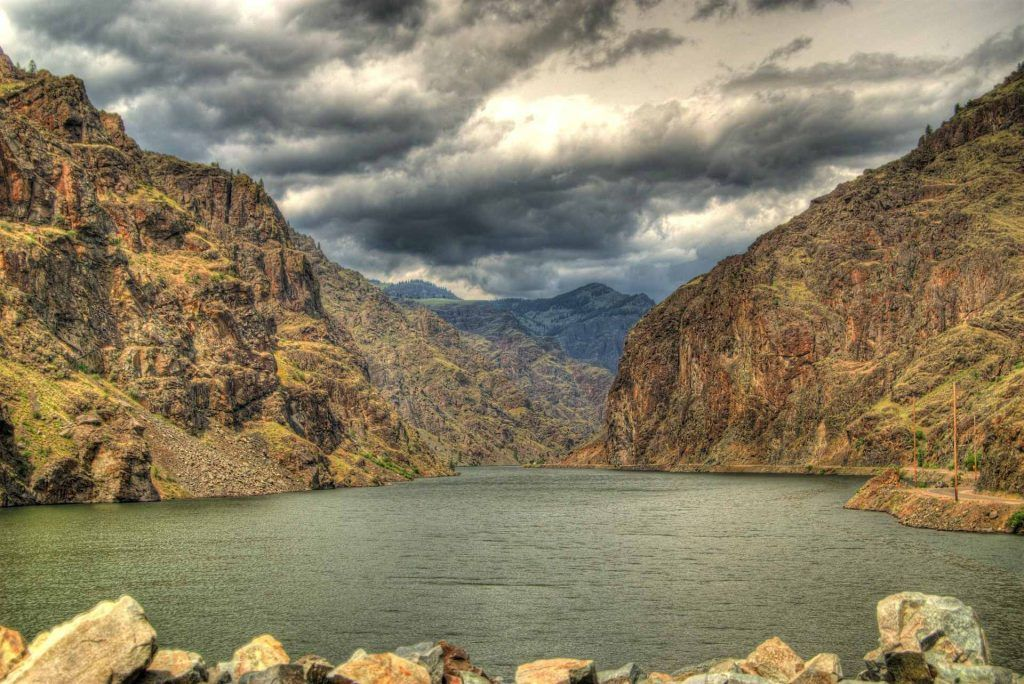scenic drives in oregon-hells canyon scenic byway