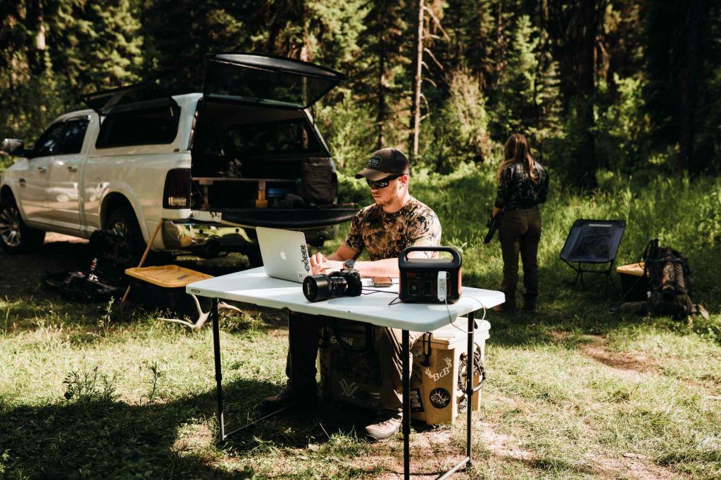 Jackery Explorer 240 Review Hooked up devices outdoors