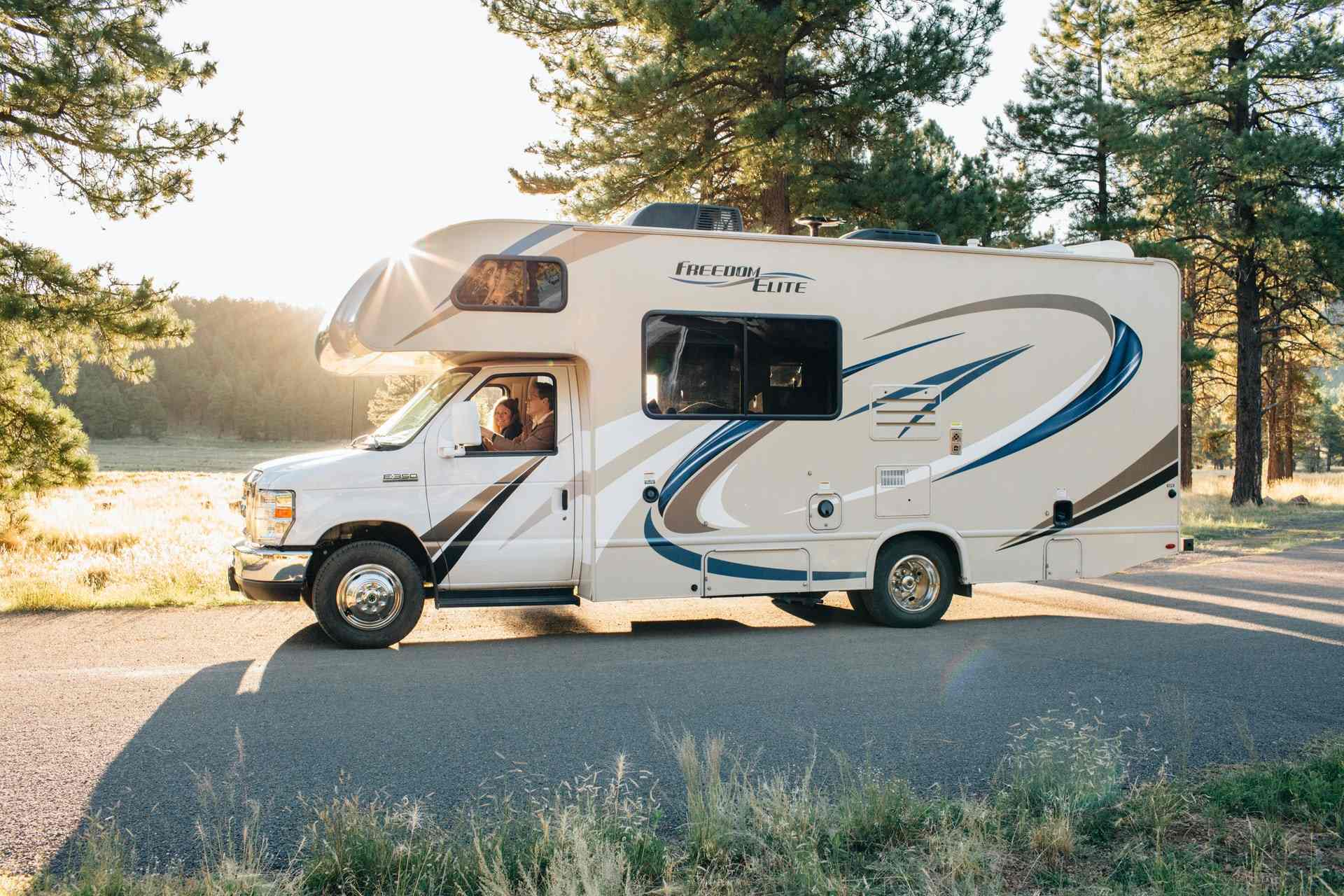 Kelowna RV Camping: 8 Best Campgrounds for Your Recreation